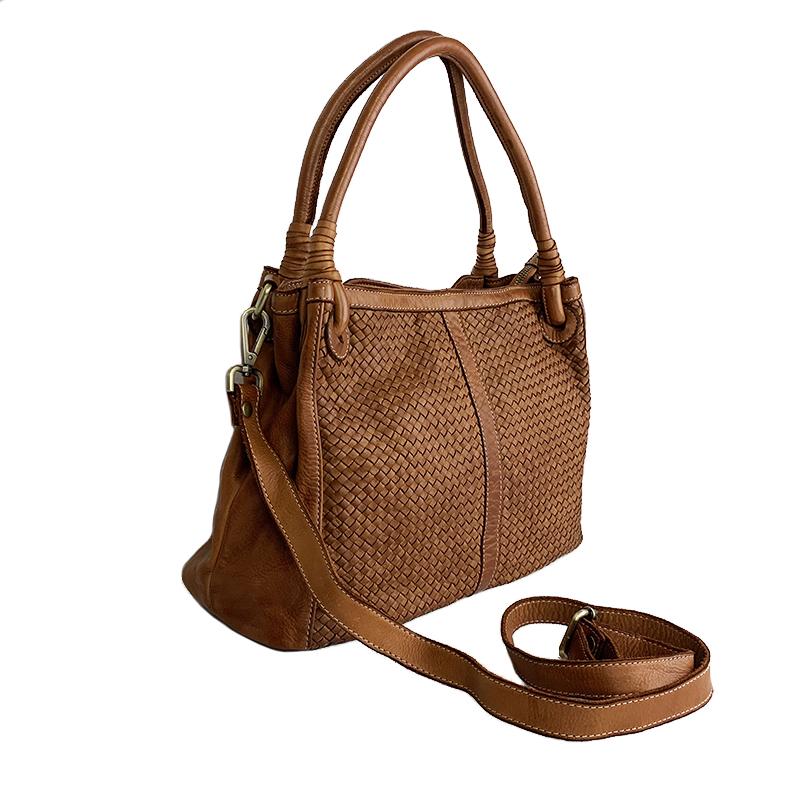 Vintage Shoulder Bag in Braided Leather