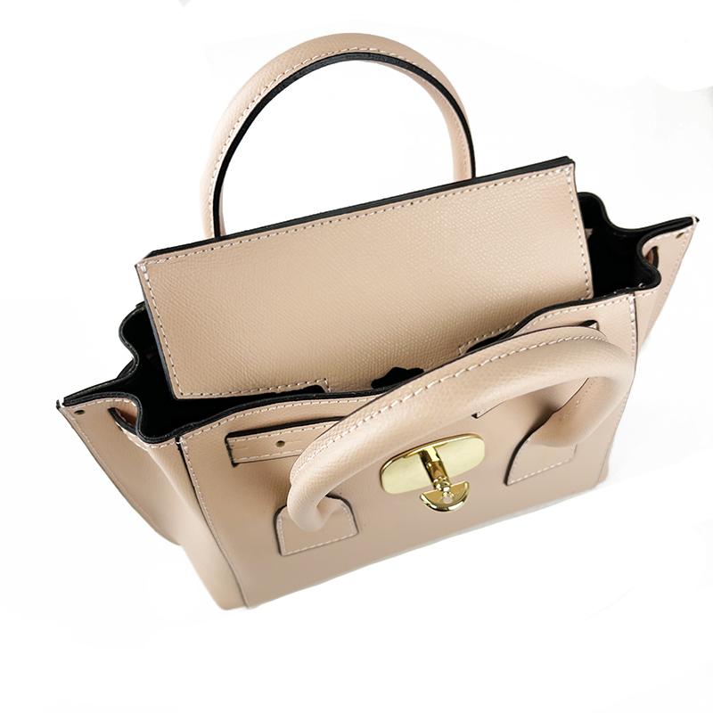 Saffiano Leather Handbag -Made in Italy-